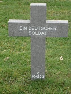 X-10-233 Ein Deutscher Soldat