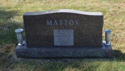 David W Mattox