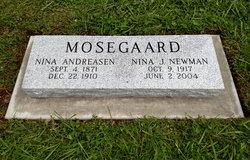 Nina <I>Andreasen</I> Mosegaard
