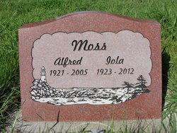 Lola Pearl <I>Coats</I> Moss