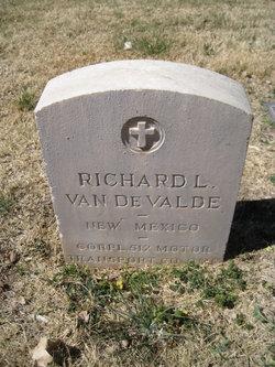 Richard L. Van De Valde