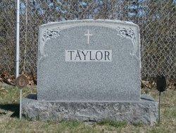 Delphis Taylor