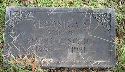 Veronica Schou