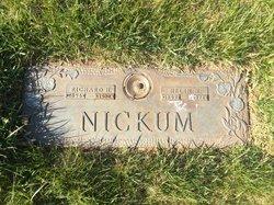 Helen H Nickum
