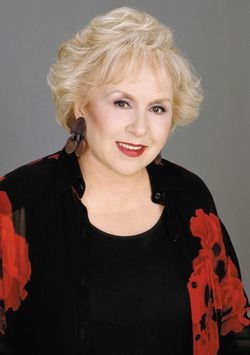 Doris Roberts (1925-2016) - Find A Grave Memorial
