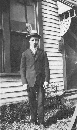 Charles W Lowe