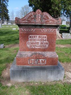 Mary Hoff <I>Hoff</I> Beam