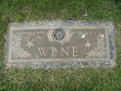 Betty L <I>Roquet</I> Wene