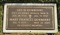 Lee D Dewberry
