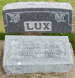Jewel Lux