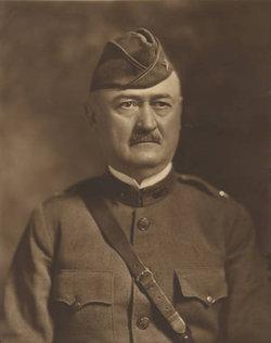 Robert Eugene Steiner Sr.