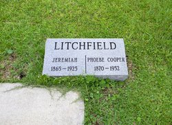 phoebe litchfield - photo #42