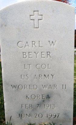 Carl W Beyer