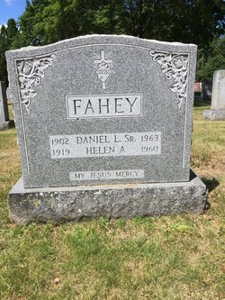 Helen Anne <I>Dailey</I> Fahey