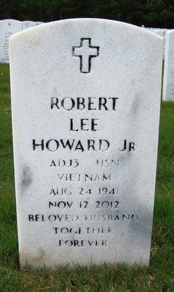 "Robert Lee ""Bob"" Howard"
