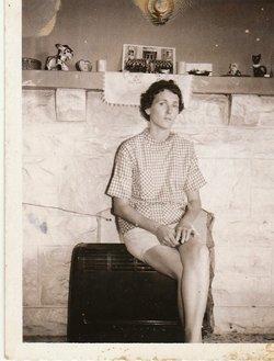 Ella Ruth <I>Carson</I> Worthy