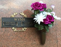 Gladys B Wynn