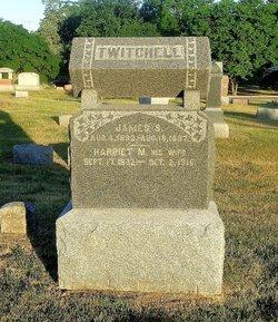 Harriett M <I>Hoyt</I> Twitchell