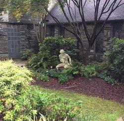 Episcopal Church of Good Shepherd Memorial Garden
