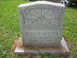 """Dewey """"Danney"""" <I>Ervin</I> Altizer"""