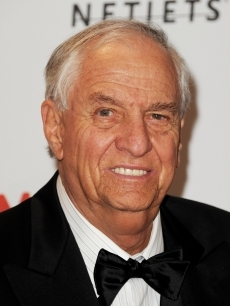 Garry Marshall (1934-2016) - Find A Grave Memorial