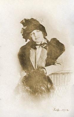 Sara Edna <I>Irvine</I> Adams