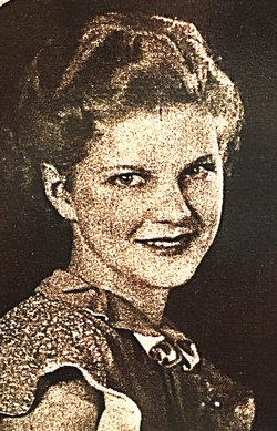 Evelyn Mae Horacek