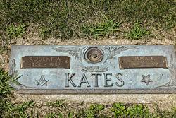 Emma L Kates