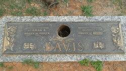 Herman R Davis
