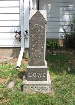 Edward R Lowe
