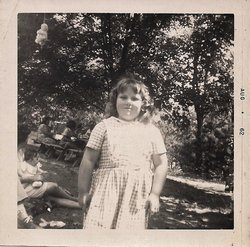 Connie Mae <I>Wells</I> Richards