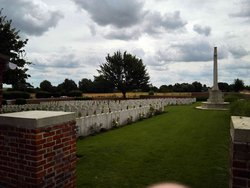 Naves Communal Cemetery Extension