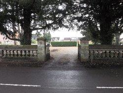 Melbourn United Reformed Churchyard