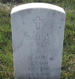 Dale D Dewey