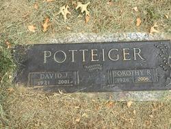 "Dorothy Romaine ""Dot"" <I>Bricker</I> Potteiger"