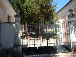 Cimitero di Rocca Pia