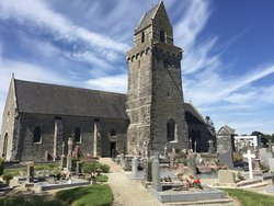 Saint Nicolas de Pierrepont Churchyard