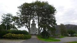 Hole Churchyard