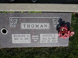 Evelyn <I>Zumwalt</I> Thoman