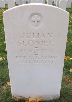 Julian Sloniec
