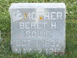 Beret O <I>Helgesdatter</I> Solie