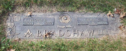 Emma Consuela <I>Gholson</I> Bradshaw