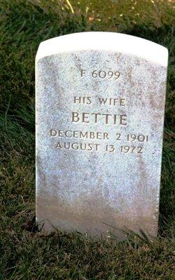 Sgt Bettie Hunt