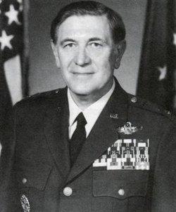 Gen Eugene H Fischer