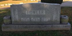 Alma Elizabeth <I>Fowler</I> Parrott