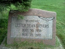 Lester Sievers