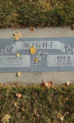 Ross D Wight