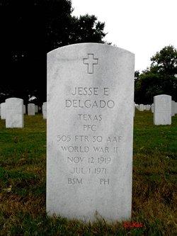Jesse E Delgado