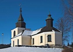 Östra Ryds kyrka & kyrkogård