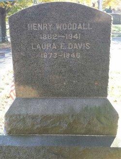 Laura E <I>Bennett Davis Woodall</I> Parker